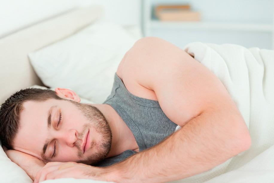 Особенности ношения линз: можно ли не снимать на ночь, что будет, если носить долго и другие нюансы